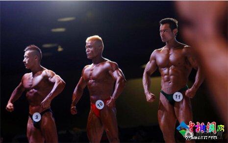 健身展览会火爆演出 俊男靓女肌肉吸睛-追梦健身网
