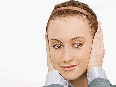 摩耳朵10法强肾健身方法 从耳垂薄厚看肾好坏