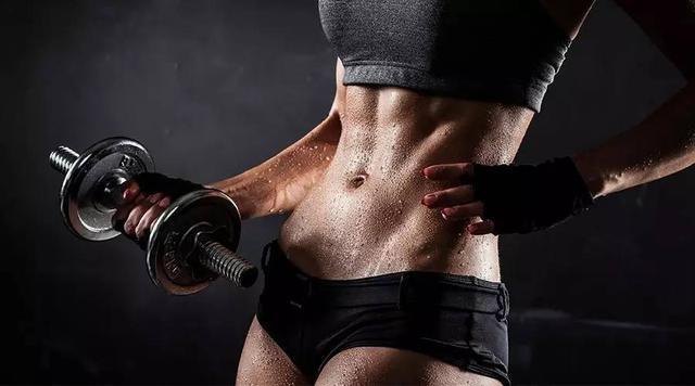 哑铃进阶轮回练习:减脂又塑形,让你又瘦又美-追梦健身网