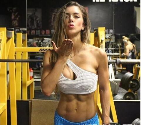 女健身教练高工资还这么忙为什么?